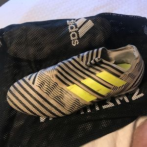 Men's adidas nemesis soccer cleats Size 11